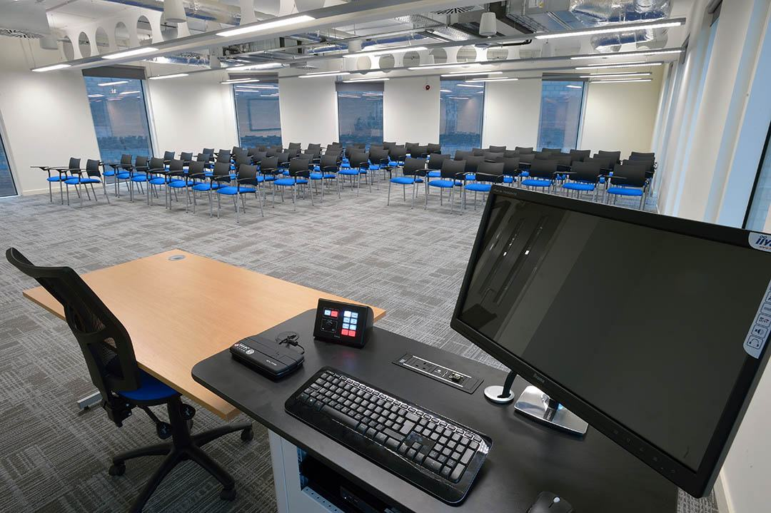 A business classroom and conference room in the Institute of Management Greater Manchester