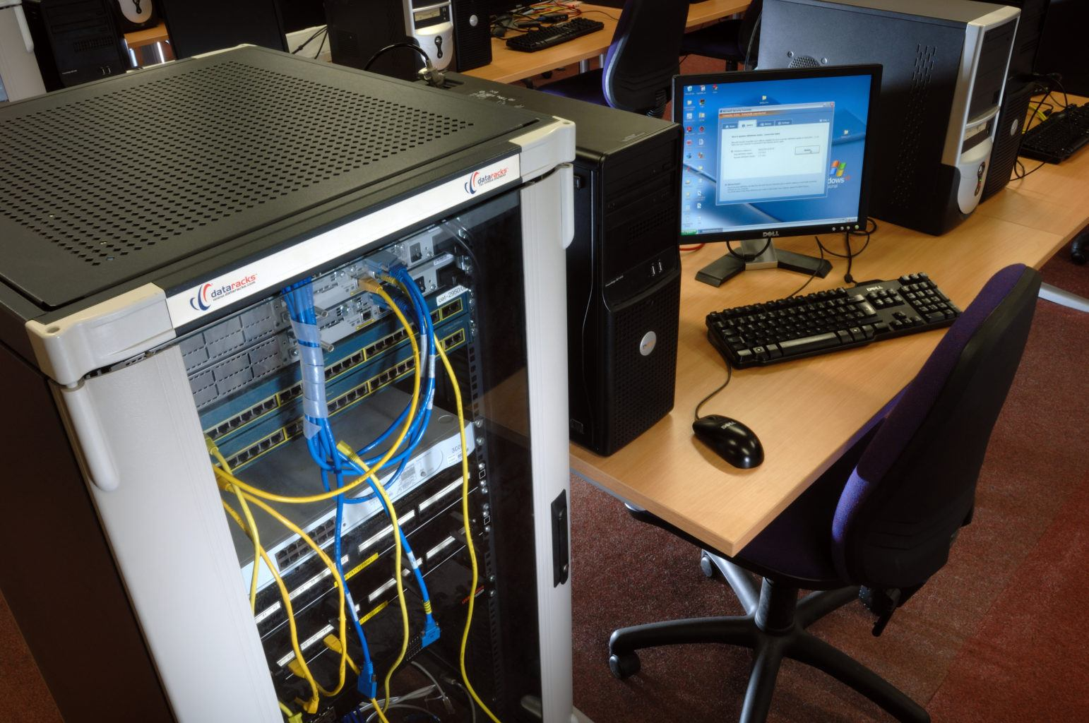 /assets/Uploads/Computing/Server-Lab-4.jpg
